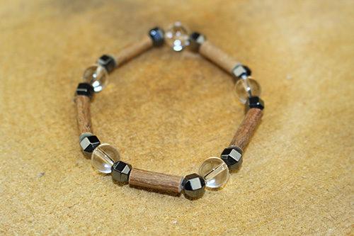 Bracelet Simple Bois de Noisetier et Cristal