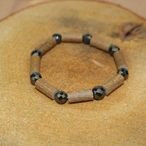 Bracelet Simple Bois de Noisetier et Hématite