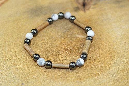 Bracelet Simple Bois de Noisetier et Howlite