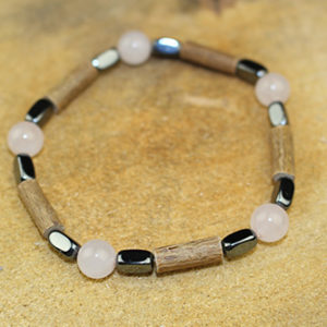 Bracelet Simple Bois de Noisetier et Quartz Rose