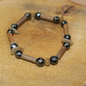 Bracelet Simple Bois de Noisetier et Quartz Rutile