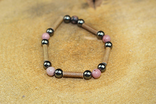 Bracelet Simple Bois de Noisetier et Rhodonite