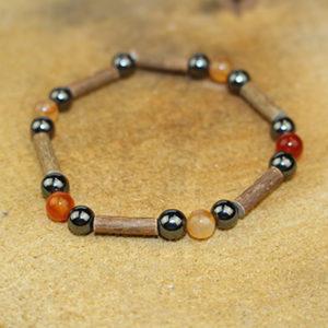 Bracelet Simple Bois de Noisetier et Cornaline