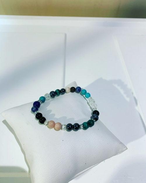 """Le bracelet """"Chemin de Vie est destiné aux Femmes, Hommes , Enfants"""