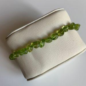 bracelet simple peridot rotated